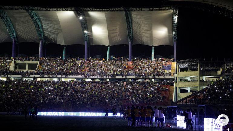 12 октября. Мерида. Венесуэла - Бразилия - 0:2 (0:1). На несколько минут игра прерывалась из-за пропавшего эликтричества.