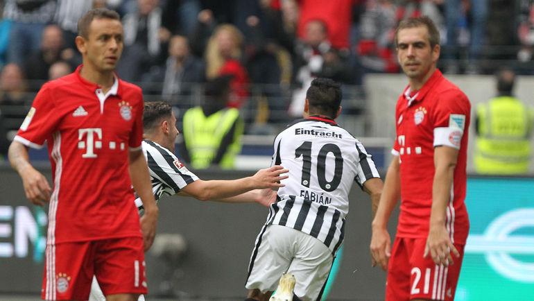 """""""Бавария"""" умудрилась потерять очки во Франкфурте. Фото AFP"""