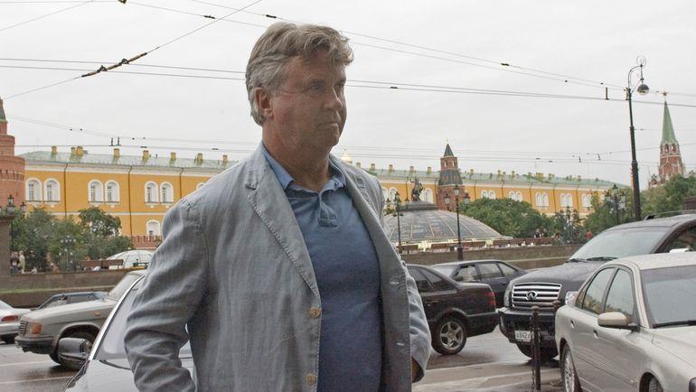 17 июля 2006 года. Гус ХИДДИНК - новый главный тренер сборной России. Фото AFP