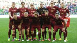 Сборная России упала в рейтинге ФИФА на рекордно низкое место.
