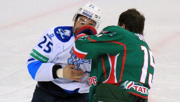 Дамир РЫСМПАЕВ и Александр СВИТОВ. Фото photo.khl.ru