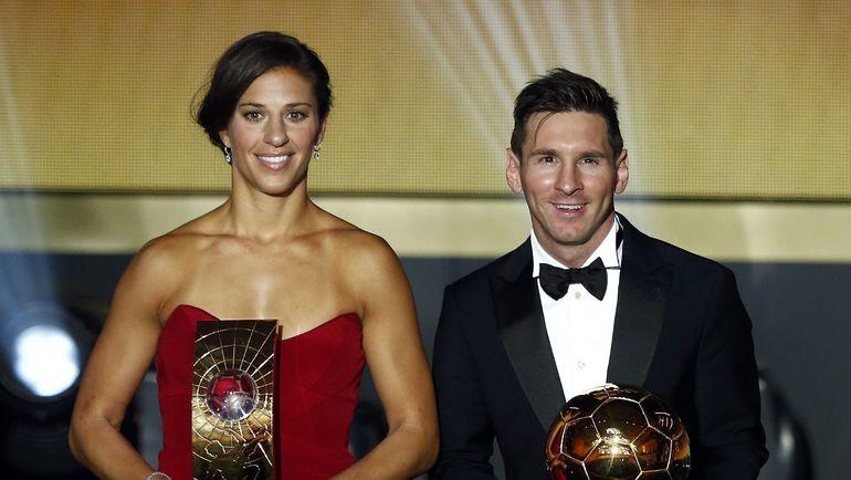 ФИФА продолжит отдельно награждать лучших футболистов, футболисток и тренеров. Фото REUTERS