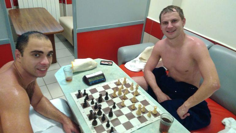 Баня и Сергей ФРАНЦУЗОВ (справа) помогли Александру РЯЗАНЦЕВУ стать чемпионом России.