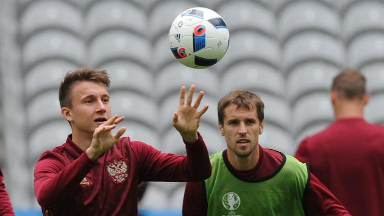 "Александр ГОЛОВИН (слева) на Euro-2016. Фото Александр ФЕДОРОВ, ""СЭ"""