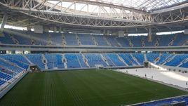 24 октября. Санкт-Петербург. Первое тестирование выкатного поля на стадионе.