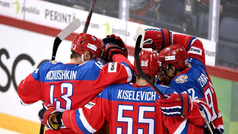 Сегодня. Хельсинки. Россия - Финляндия - 5:1. Национальная команда России празднует победу. Фото REUTERS