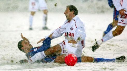 Экстремальный футбол.  Самые суровые матчи премьер-лиги