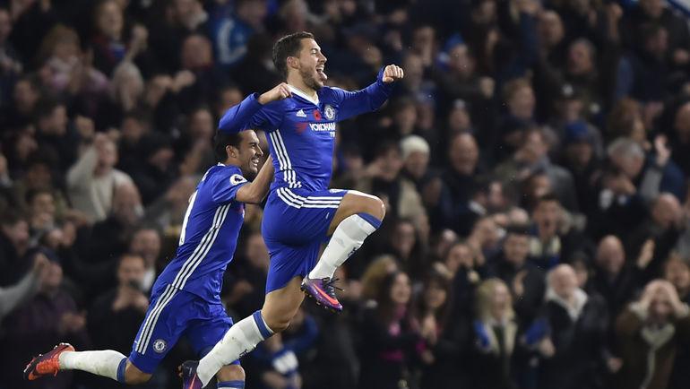 """Суббота. Лондон. """"Челси"""" – """"Эвертон"""" – 5:0. Эден АЗАР празднует супергол. Фото REUTERS"""