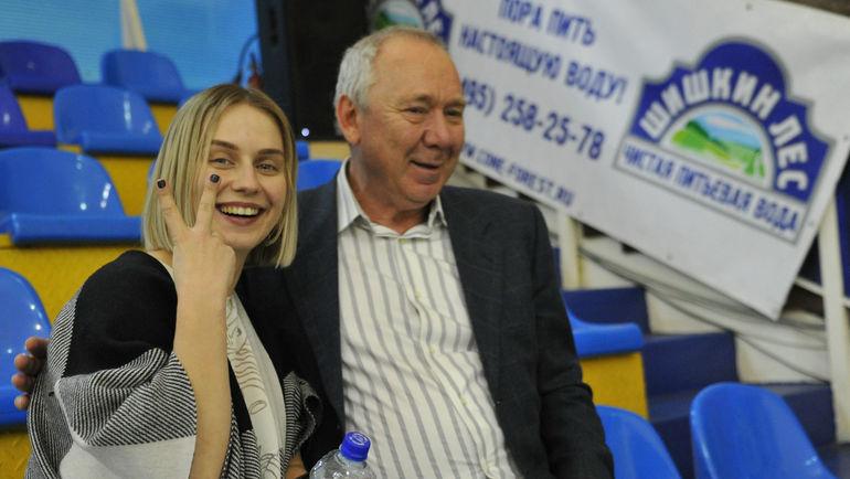 """Олег РОМАНЦЕВ, как и Валерий Газзаев, в этот день были нарасхват. Фото Федор УСПЕНСКИЙ, """"СЭ"""""""