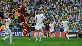 26 июня 2014 года. Куритиба. ЧМ-2014. Алжир - Россия - 1:1. 6-я минута. Александр КОКОРИН открывает счет в роли центрфорварда нашей команды.