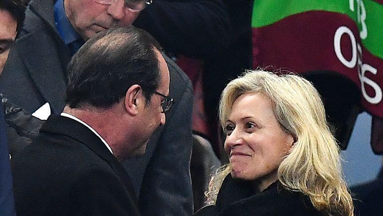 11 ноября. Париж. Франция – Швеция – 2:1. Президент Франции Франсуа ОЛЛАНД и Натали БУА ДЕ ЛЯ ТУР. Фото AFP