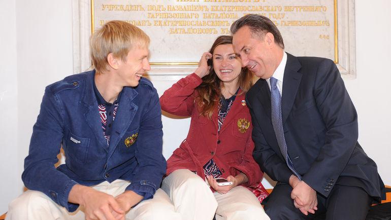 Андрей СИЛЬНОВ, Анна ЧИЧЕРОВА и Виталий МУТКО. Фото Татьяна ДОРОГУТИНА