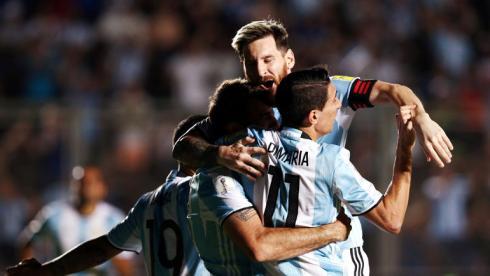 Месси поднял Аргентину в зону