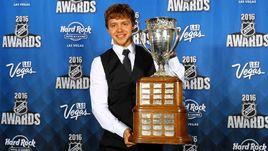 """Артемий ПАНАРИН - обладатель """"Колдер Трофи""""-2016, приза лучшему новичку сезона НХЛ."""