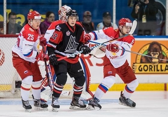 Молодежная сборная России проиграла Суперсерию Канаде. Фото ФХР