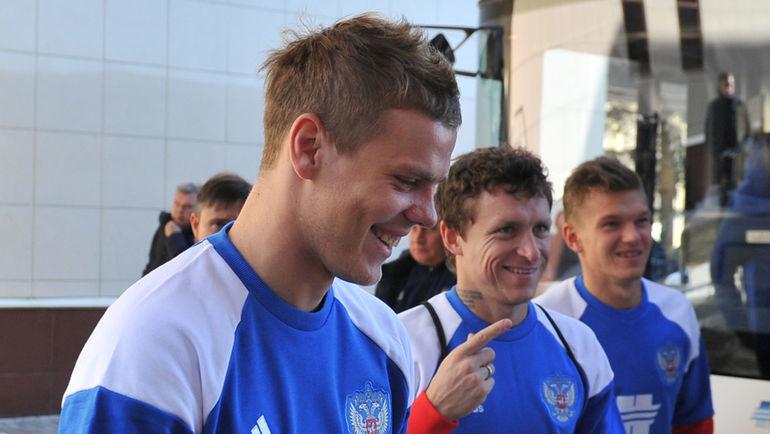 "Александр КОКОРИН (слева) и Павел МАМАЕВ (справа - Олег ШАТОВ). Фото Александр ФЕДОРОВ, ""СЭ"""
