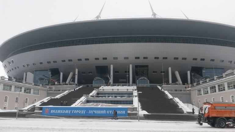 Строящийся стадион на Крестовском острове. Фото Сергей ЦИММЕРМАН