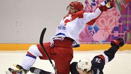 Участие Александра ОВЕЧКИНА (слева) и других звезд НХЛ в Олимпиаде 2018 года до сих пор находится под вопросом.