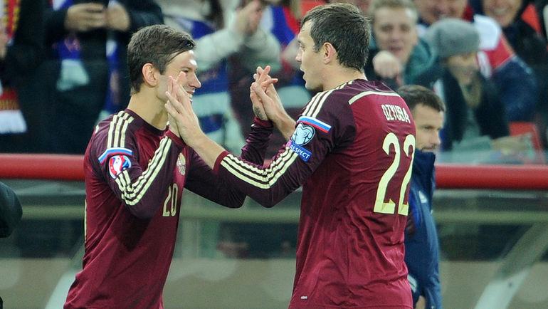 """Федор СМОЛОВ (слева) и Артем ДЗЮБА. Фото Алексей ИВАНОВ, """"СЭ"""""""