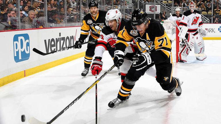 """Суббота. Питтсбург. """"Питтсбург"""" - """"Нью-Джерси"""" - 4:3 Б. Евгений МАЛКИН (№71) отметился тремя результативными передачами. Фото NHL.com"""