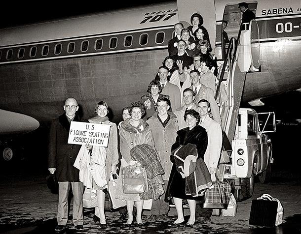 Сборная США по фигурному катанию 1961 года. Фото ESPN