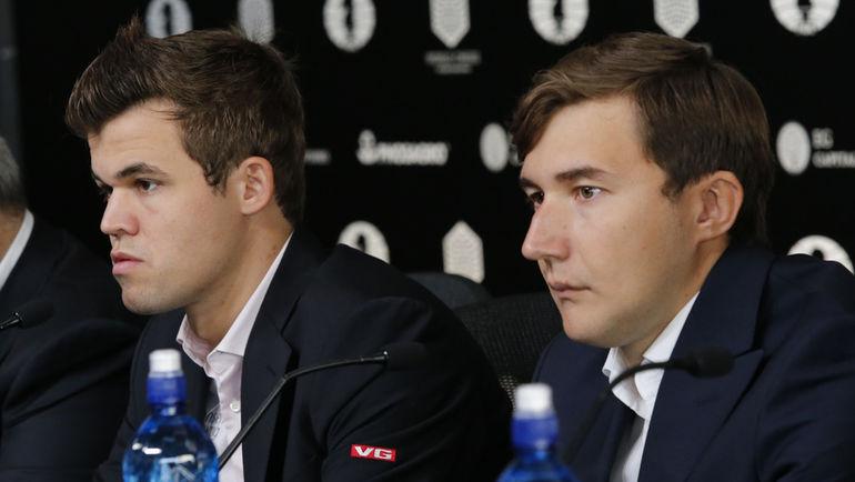 Победитель матча за шахматную корону между Магнусом КАРЛСЕНОМ (слева) и Сергеем КАРЯКИНЫМ решится на тай-брейке. Фото REUTERS