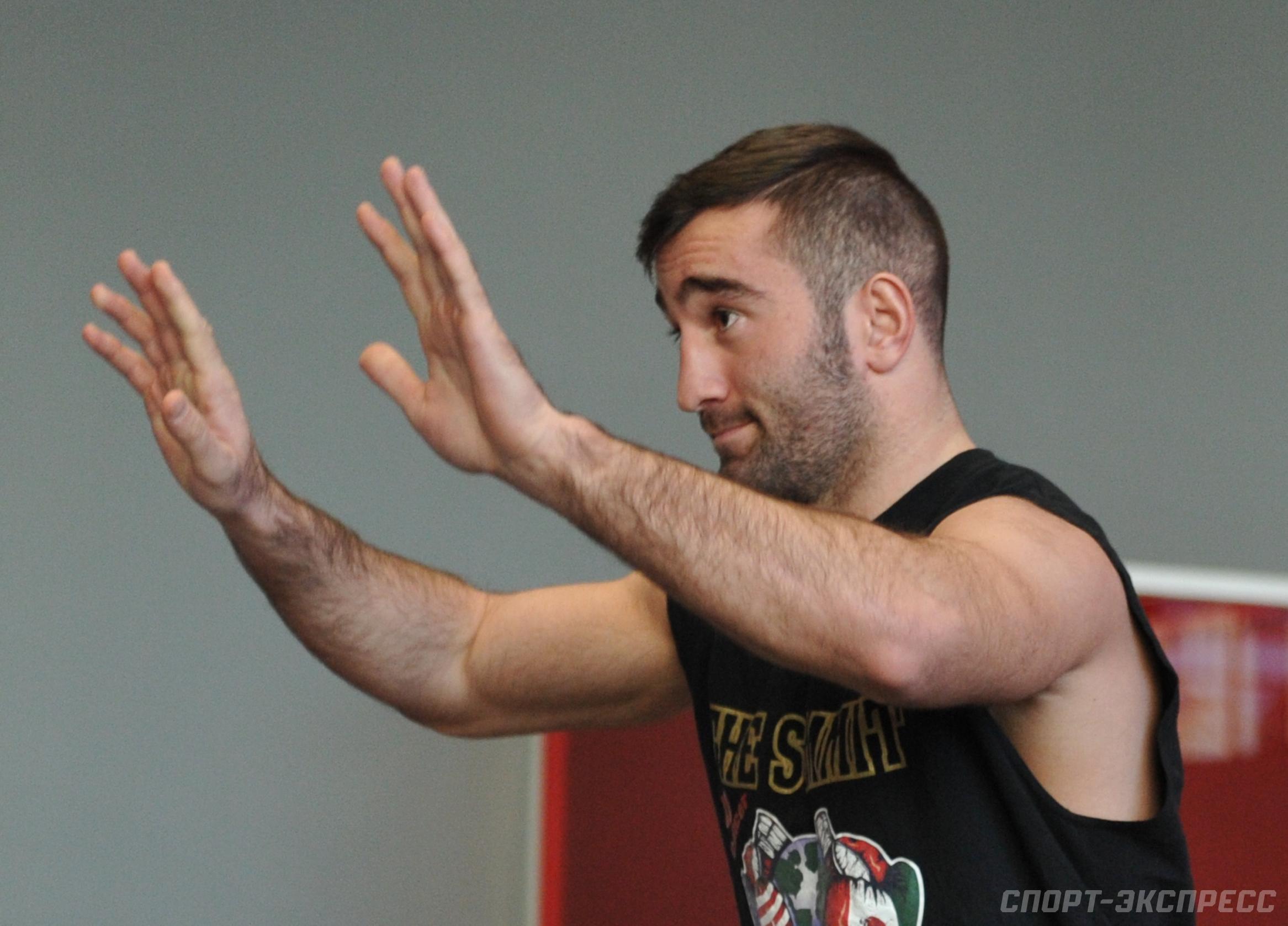 С Гассиевым будет немного сложнее, чем с Рамиресом — тренер Лебедева