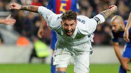 """Сегодня. Барселона. """"Барселона"""" - """"Реал"""" - 1:1. СЕРХИО РАМОС празднует гол."""