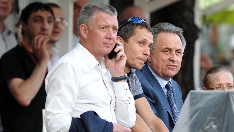 Дмитрий ШЛЯХТИН (слева), Юрий БОРЗАКОВСКИЙ и Виталий МУТКО. Фото Алексей ИВАНОВ, «СЭ»