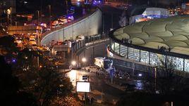 """Суббота. Стамбул. После матча """"Бешикташ"""" - """"Бурсаспор"""" рядом со стадионом произошел теракт."""