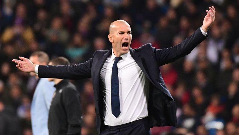 "10 декабря. Мадрид. ""Реал"" - ""Депортиво"" - 3:2. Зинедин ЗИДАН. Фото AFP"