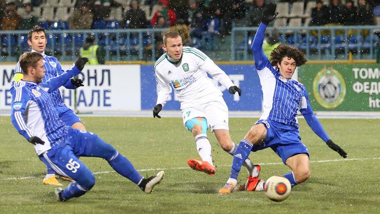 """Игрокам """"Волги"""" по-прежнему должны 40 миллионов рублей. Фото Дмитрий ШУБА"""