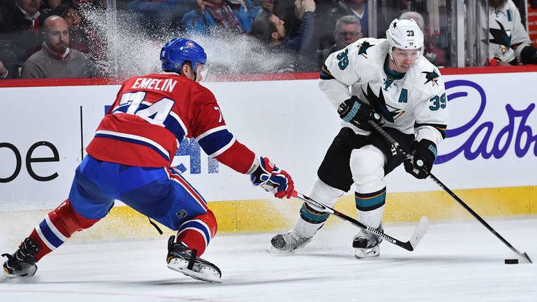 "Пятница. Монреаль. ""Монреаль"" - ""Сан-Хосе"" - 2:4. Алексей ЕМЕЛИН (№74) и Логан КУТЮР. Фото NHL.com"