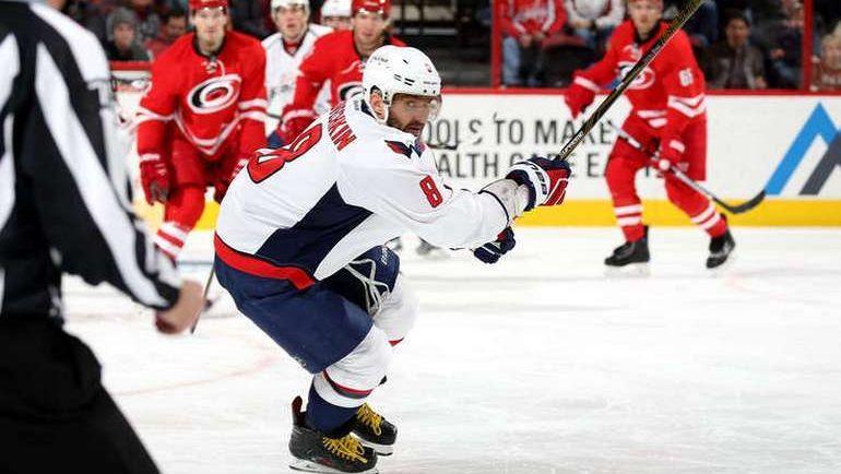 "Пятница. Роли. ""Каролина"" - ""Вашингтон"" - 3:4 Б. Александр ОВЕЧКИН. Фото NHL.com"