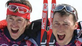23 февраля 2014 года. Сочи. Максим ВЫЛЕГЖАНИН и Александр ЛЕГКОВ после победы в лыжном марафоне на Олимпиаде.