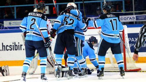 Обзор дня: губернатору новосибирской области не нужен хоккейный клуб