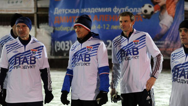 Виктор БУЛАТОВ (в центре) и Константин ГОЛОВСКОЙ (справа). Фото Алексей ИВАНОВ, «СЭ»