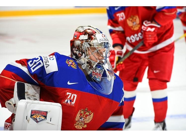 Вратарь молодежной сборной России Илья САМСОНОВ. Фото IIHF.