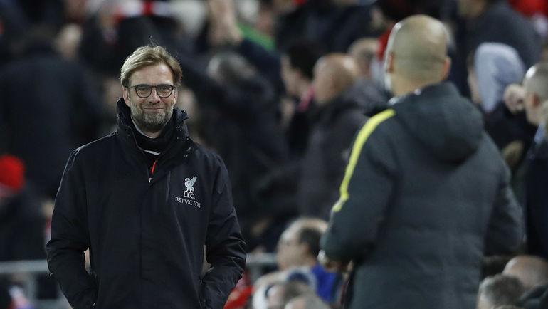 """Сегодня. Ливерпуль. """"Ливерпуль"""" - """"Манчестер Сити"""" - 1:0. Юрген КЛОПП (слева) и Хосеп ГВАРДЬОЛА. Фото REUTERS"""