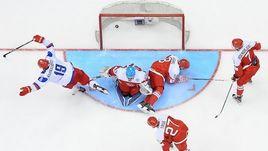 Сегодня. Торонто. Дания - Россия - 0:4. Павел КАРНАУХОВ празднует гол в ворота датчан.