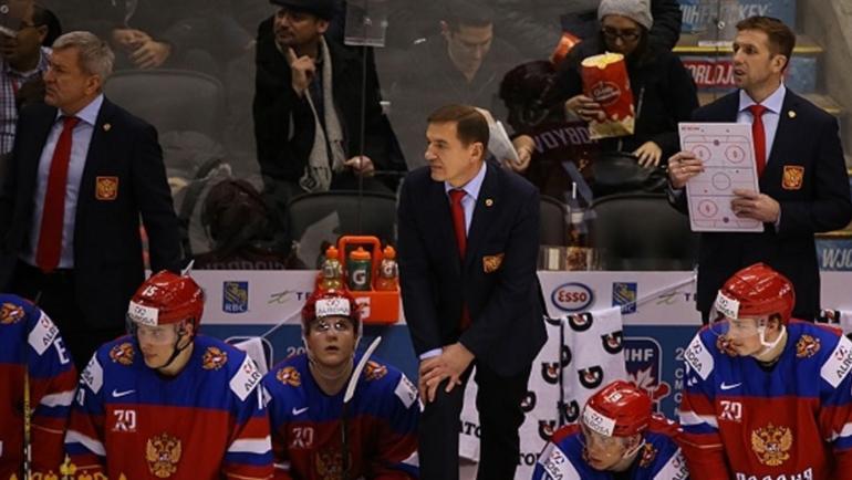 Сегодня. Торонто. Дания - Россия - 0:4. Скамейка российской команды. Фото ФХР