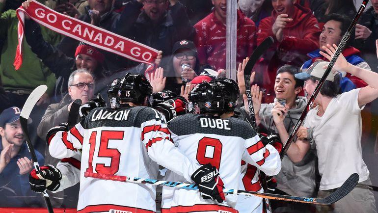 Сможет ли сборная Канады выйти в финал домашнего МЧМ-2017? Фото AFP