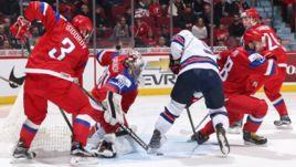 Сегодня. Монреаль. США - Россия - 4:3 Б. Российская команда в обороне.