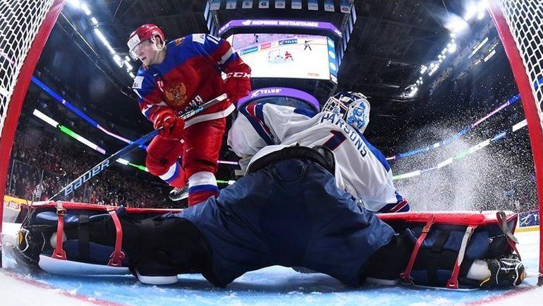 Сегодня. Монреаль. США - Россия - 4:3 Б. Россия могла претендовать на победу при серии буллитов по старым правилам, но не смогла удержать преимущества после того, как та не ограничилась тремя попытками. Фото worldjunior2017.com