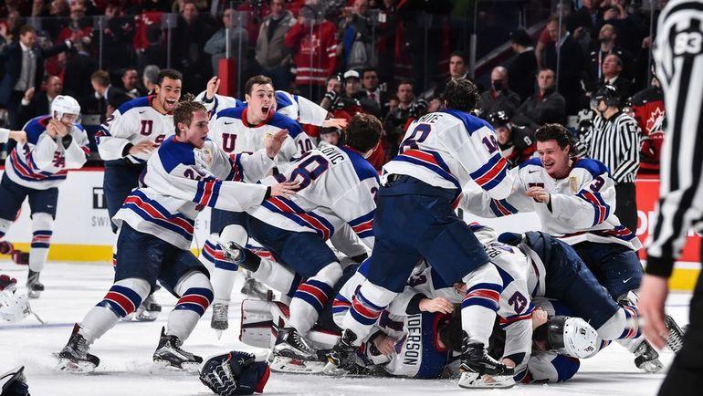 Четверг. Монреаль. США - Канада - 5:4 Б. Игроки сборной США радуются победе.