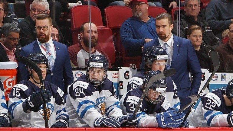 Юсси АХОКАС принял молодежную сборную Финляндии прямо по ходу турнира. Фото Официальный сайт МЧМ