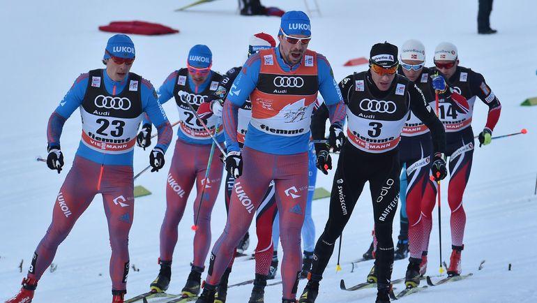 Сергей УСТЮГОВ (в центре). Фото AFP