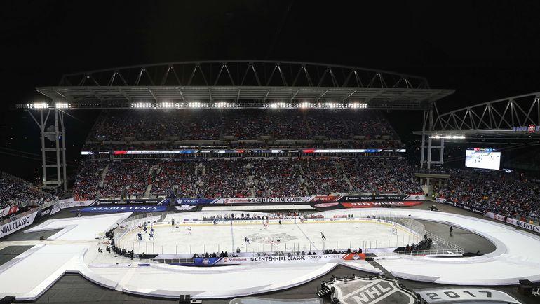 """НХЛ провела """"Столетнюю классику"""". Фото Reuters"""