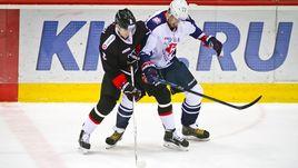 """Сегодня. Челябинск. """"Трактор"""" - """"Торпедо"""" - 2:3 Б. Челябинские хоккеисты проведут семь ретроматчей."""