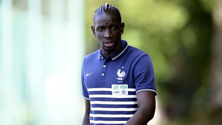 Пока Мамаду САКО не является твердым игроком основы сборной Франции. Фото AFP